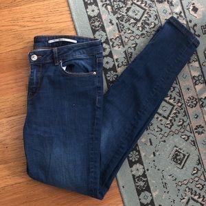 06a0a9e4093 Zara Jeans - Zara Woman Medium Rise Slim fit skinny jeans